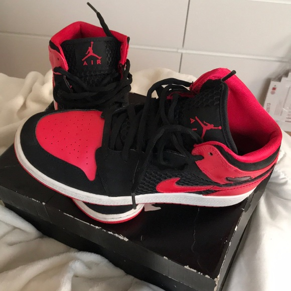 8504b6e889e8 Air Jordan Shoes - Girls air Jordan 1 phat (GS)